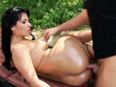 Ass Hole Of Rose Monroe Gets Fucked Wild Outdoor