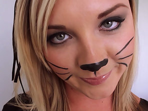 A Sexy Cat Costume And Her Thick Booty Looked Amazing As He Pounded It Doggy Style
